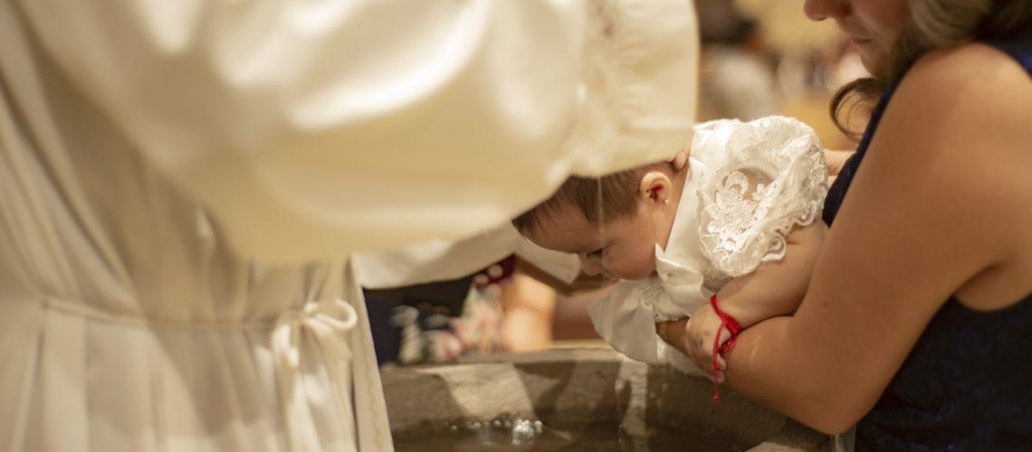 Rechercher le bijou idéal pour célébrer le baptême d'un enfant