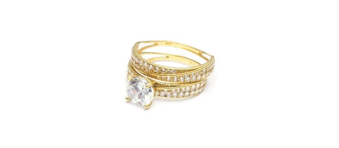 Apprendre à différencier un Bijou en or d'un bijou en plaqué or